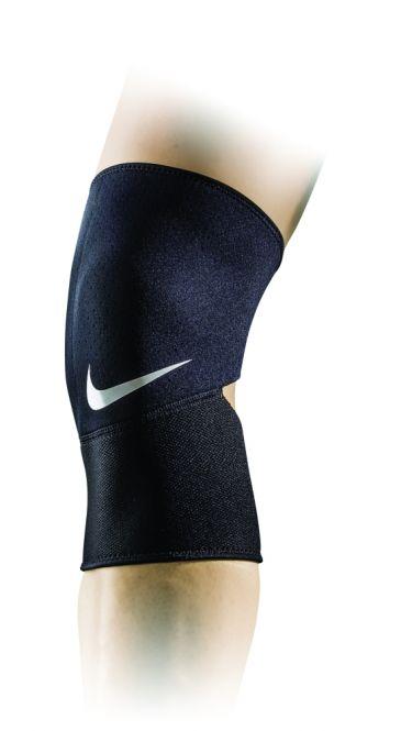 Nike Closed-Patella Knee Sleeve