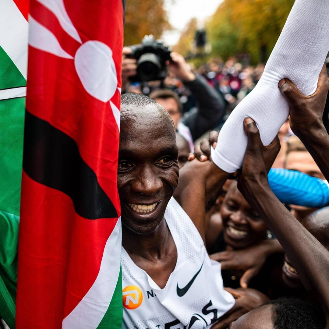Eliud Kipchoge de twee uur grens op de marathon