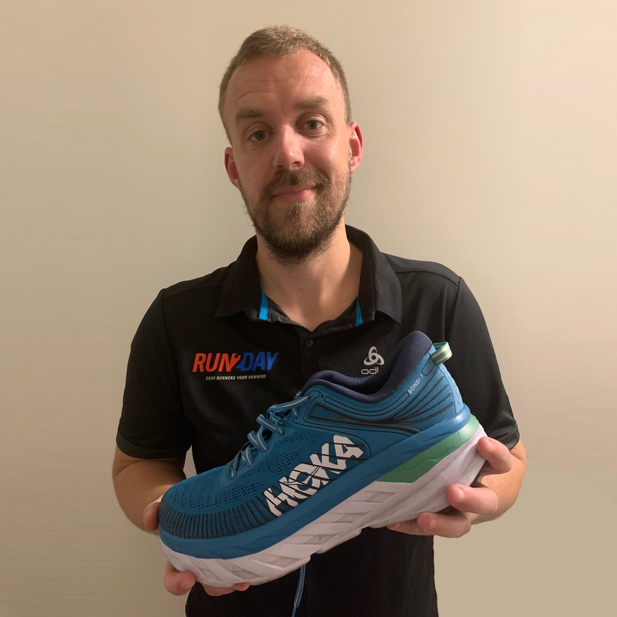 Review HOKA ONE ONE Bondi 7